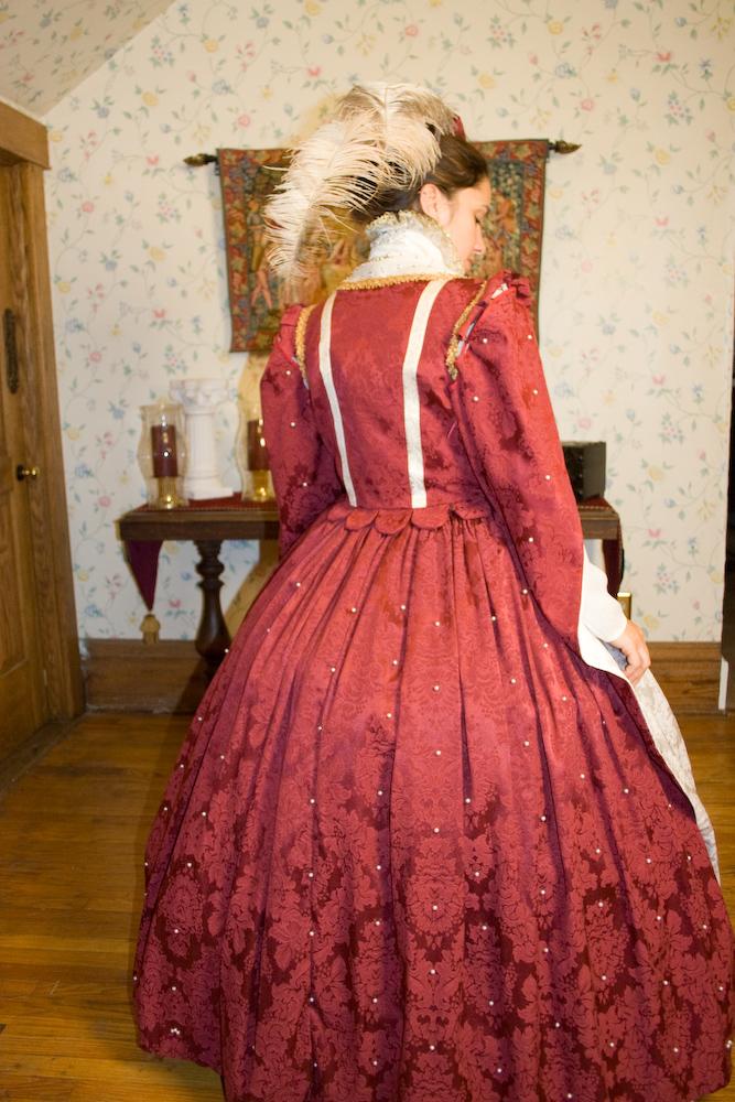 2008_11_18_red_dress-104.jpg
