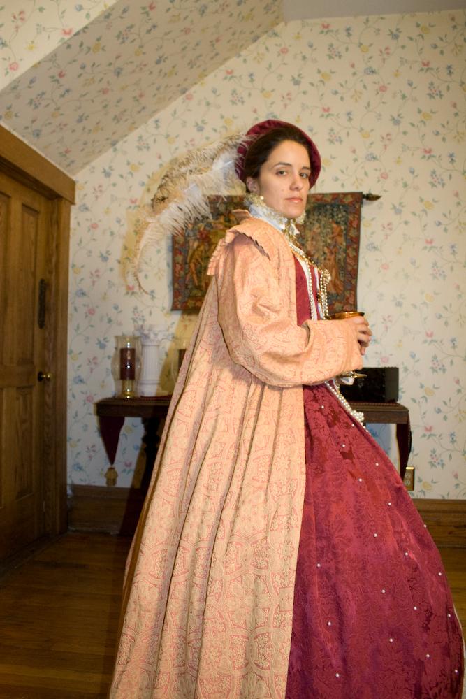2008_11_18_red_dress-112.jpg
