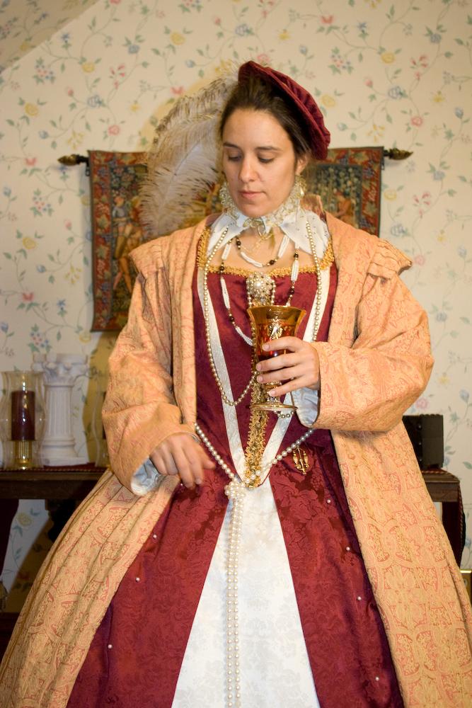 2008_11_18_red_dress-113.jpg