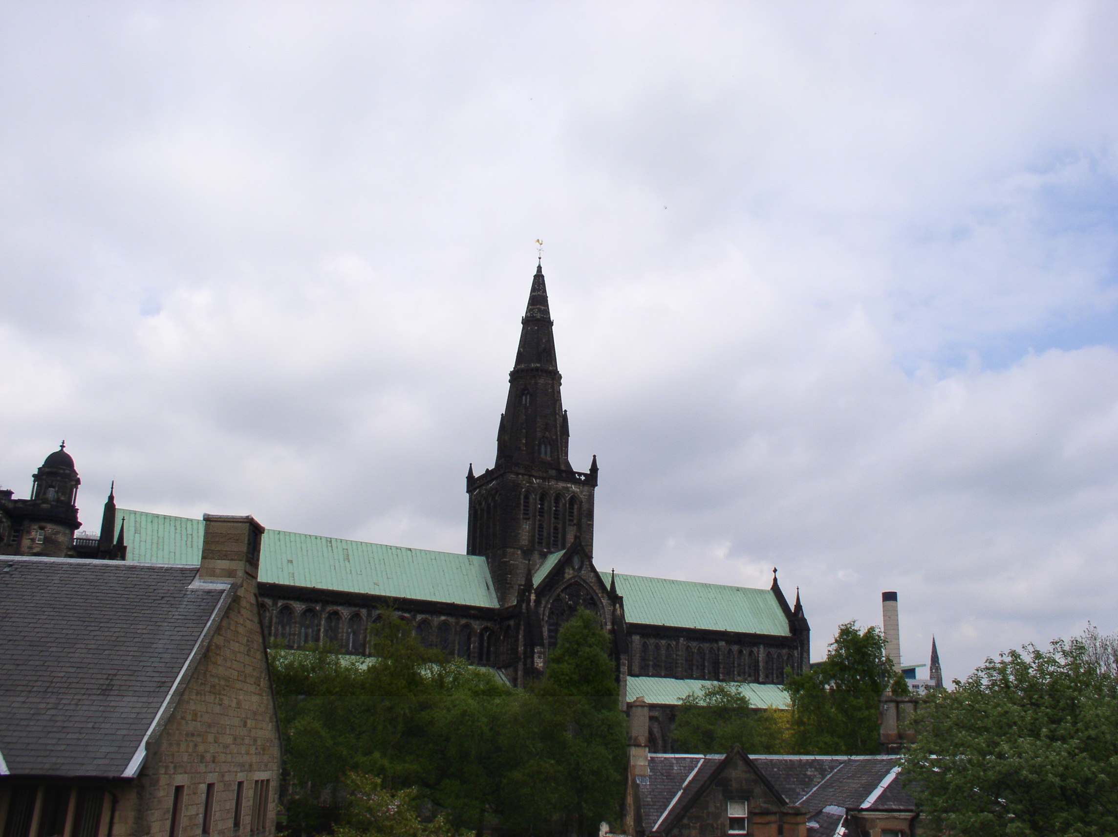 5 09 04 Glasgow Cathedral.JPG